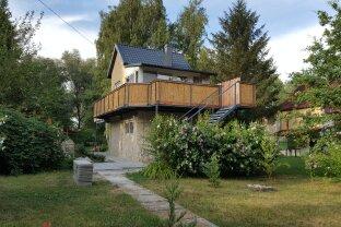 Inselhaus bei Györ, Ungarn