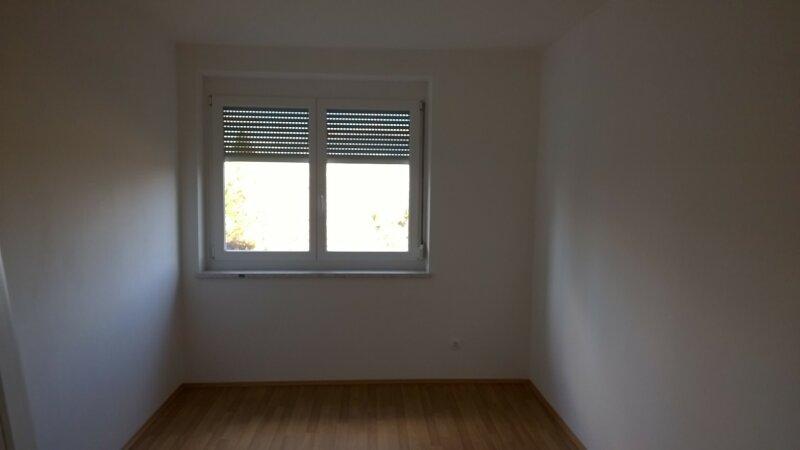 Familienwohnung - ein absolutes Schnäppchen in Schlatten/ St. Jakob im Rosental /  / 9183Schlatten / Bild 3