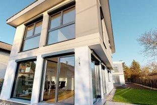 Exklusives Haus in Essling auf Eigengund - In idyllischer Grünruhelage