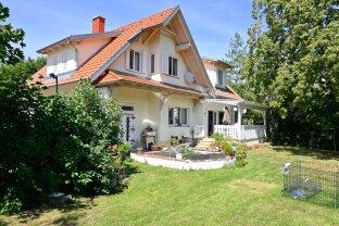 Einfamilienhaus mit schönem idyllischen Garten mitten im Sonnbergviertel!