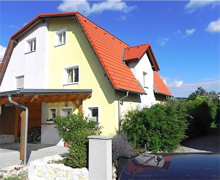 Neuwertiges, großzügiges Einfamilienhaus mit Garten, herrliche Grünruhelage und dennoch gleich beim Zentrum von Mannersdorf, 6 Zimmer + 3 Kellerräume, provisionsfrei!