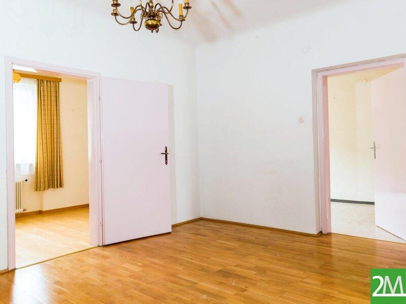 Geräumiges Einfamilienhaus nahe Stift Heiligenkreuz /  / 2532Heiligenkreuz im Wienerwald / Bild 2