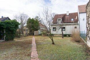 Einfamilienhaus mit Garten zu verkaufen!
