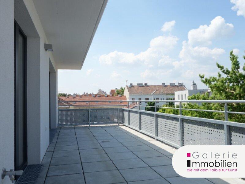 Wunderschöne Dachwohnung mit 2 Fernsichtterrassen, VIDEO Objekt_25694
