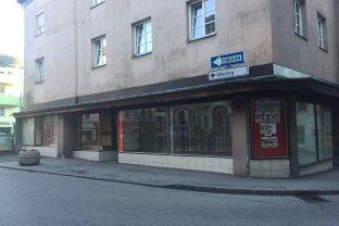 JENBACH - Zentrum -Geschäftslokal mit viel Schaufensterfronten
