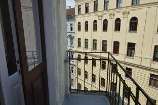 PROVISIONSFREI: Generalsanierte Altbaueigentumswohnung mit Balkon