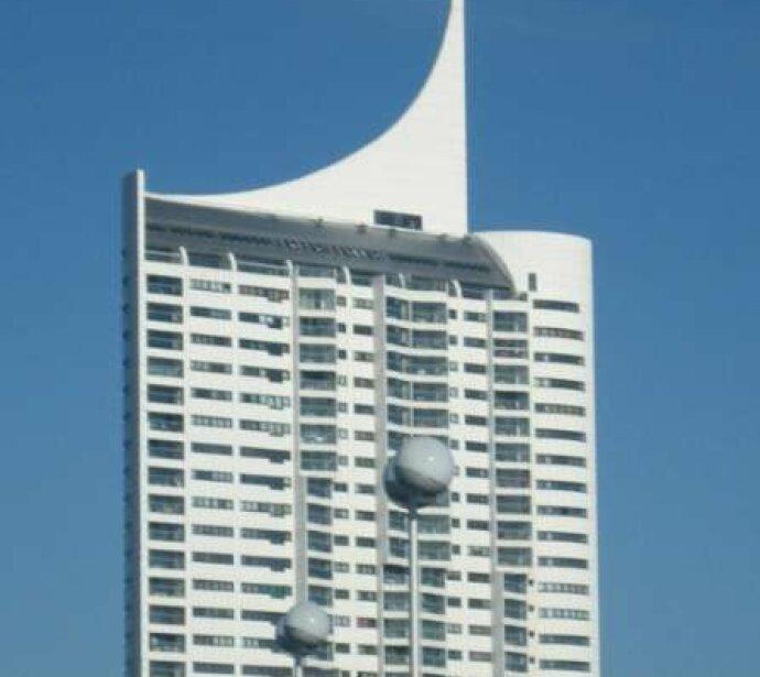 ERFOLGREICH VERMIETET: 3 Zimmer Apartment (voll möbliert) mit 91 m2 Wohnfläche und 8 m2 großen ostseitigen Loggia mit Fernblick!