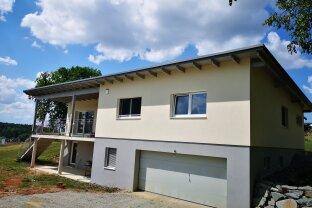 Wohnhaus mit Garten in ruhiger Lage und schöner Aussicht Nähe Großpetersdorf