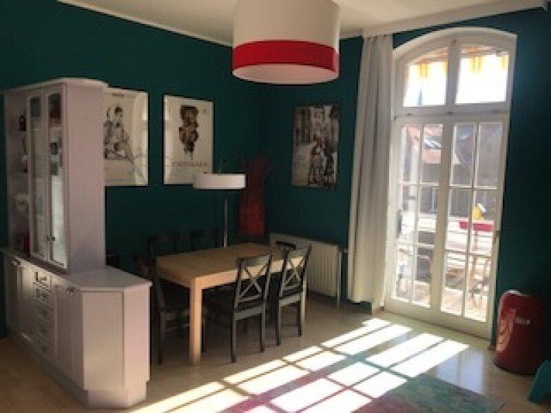 gepflegte Wohnung in historischem Altbau