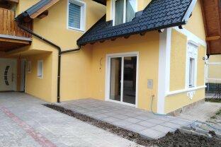 ERSTBEZUG - moderne 3- Zimmerwohnung mit Terrasse und Grünfläche in Ruhelage