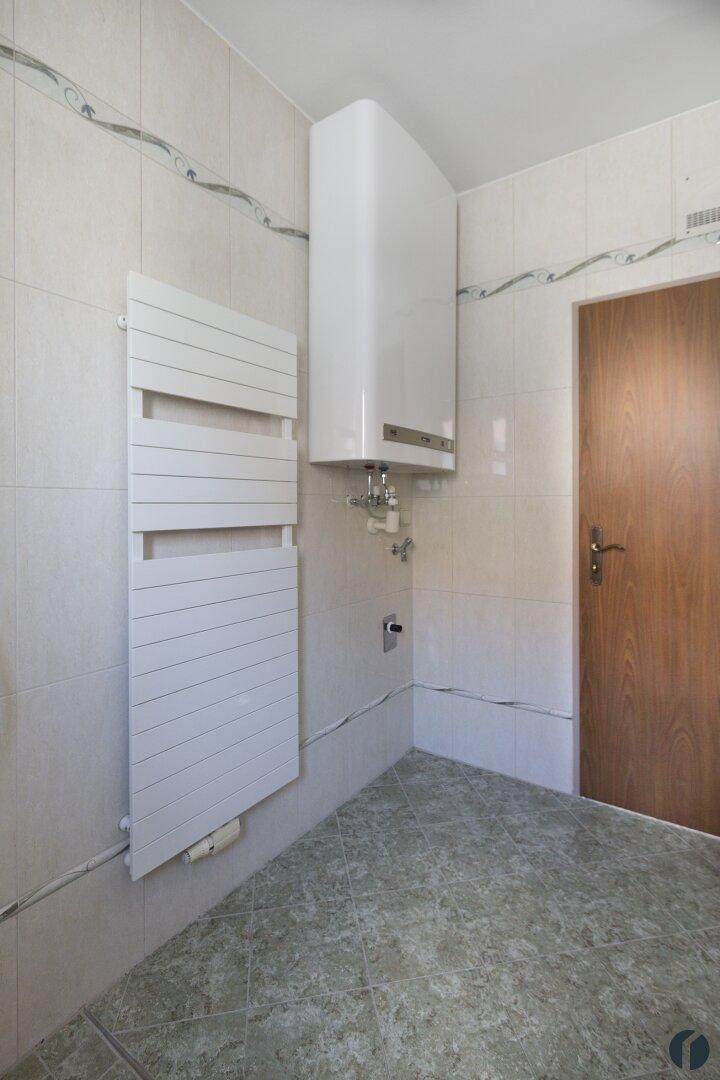 Badezimmer - Heizkörper & Boiler