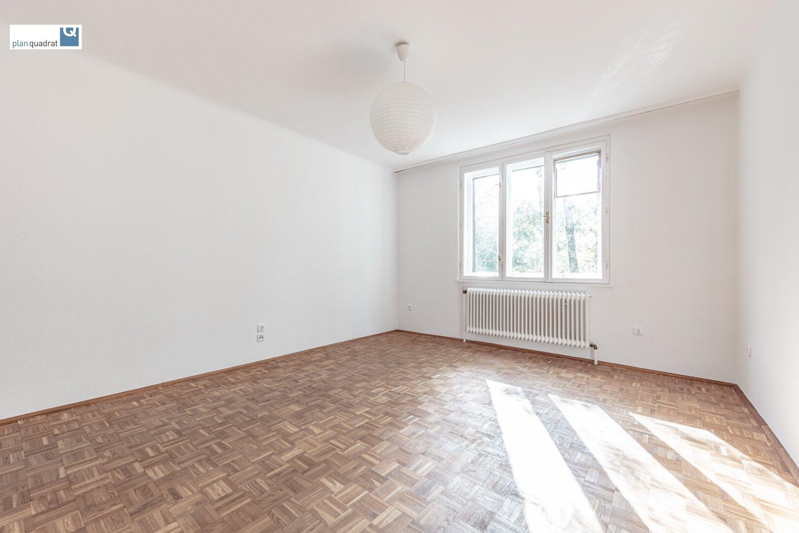 Zimmer 1 (ca. 17,90 m²)