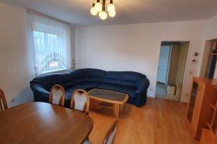 helle 3 Zimmer Wohnung + Loggia