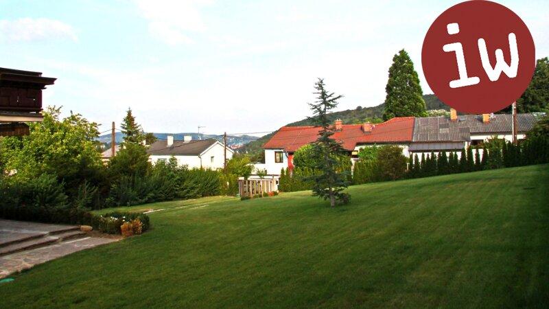 Top saniertes Einfamilienhaus mit parkähnlichem Anwesen in herrlicher Grünruhelage Objekt_593