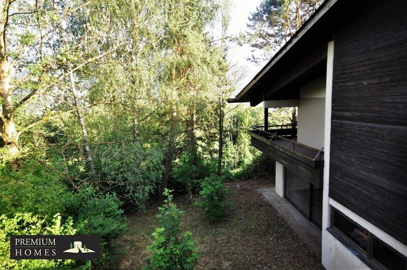 BREITENBACH am Inn - Alte Villa auf riesigem Grundstück zur Sanierung_Ansicht Richtung Osten
