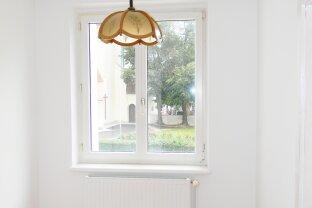 Kleinwohnung mit 3 Fenstern nach Süden