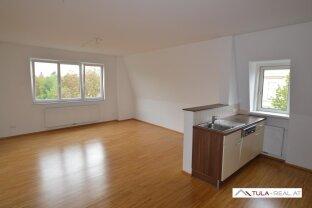Helle 3-Zimmer-Dachgeschosswohnung | Nähe Zentrum Baden | provisionsfrei