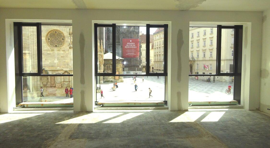1010! Loftartige Bürofläche mit über 355 m² in Toplage!