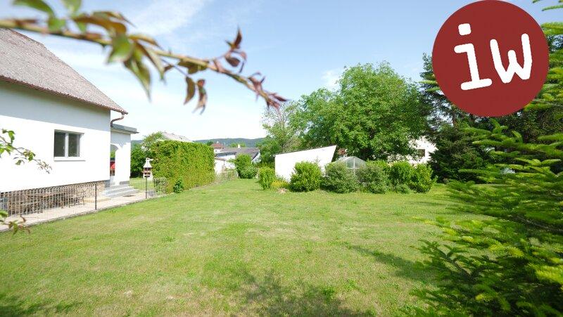 Einfamilienhaus in Grünruhelage mit großzügigem Garten Objekt_529 Bild_96