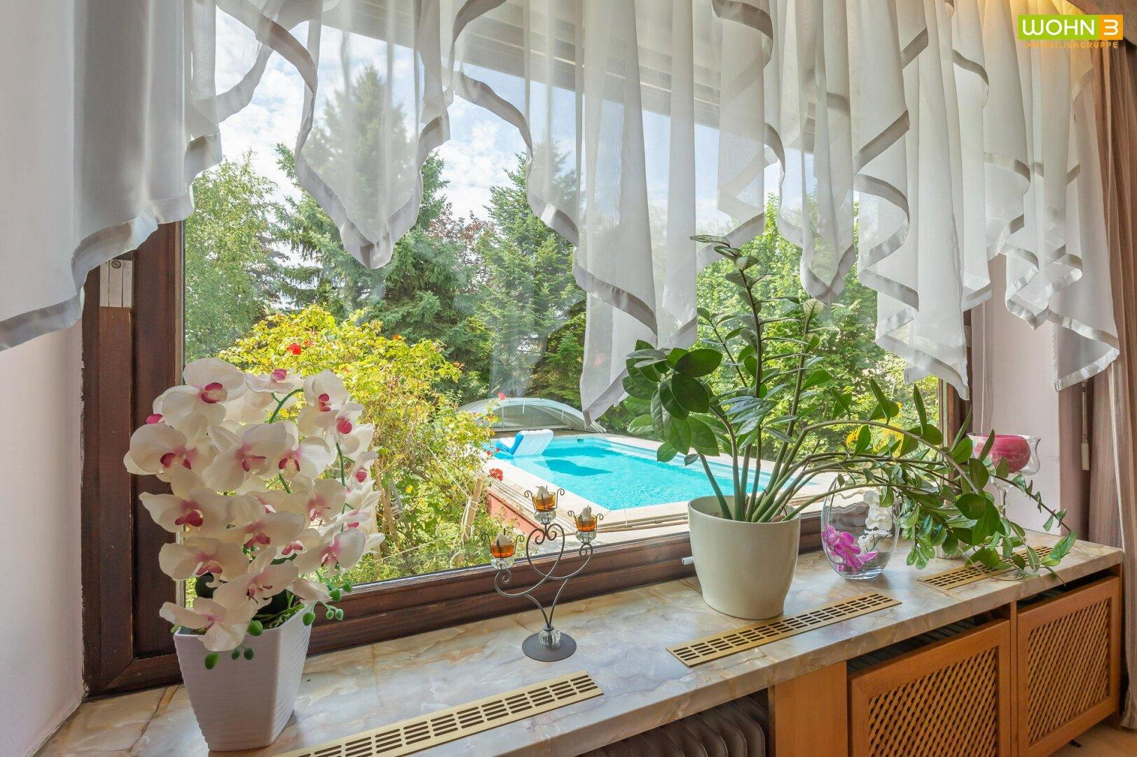 Wohnzimmer Gartenblick