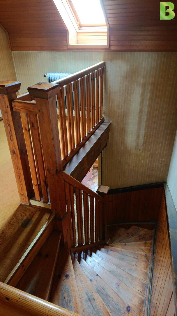 Stiegenaufgang in die Mansarde