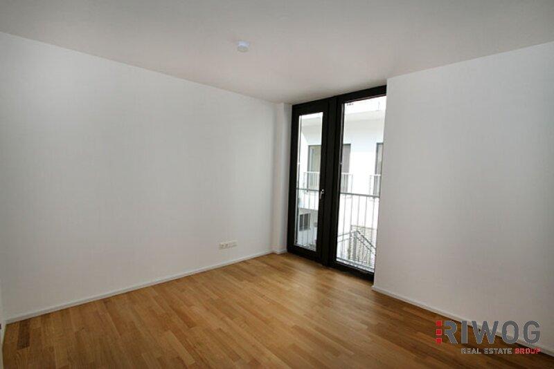 ERSTBEZUG - wunderschöne 3-Zimmer Wohnung  mit riesiger Dachterrasse im Hofzubau /  / 1180Wien / Bild 5