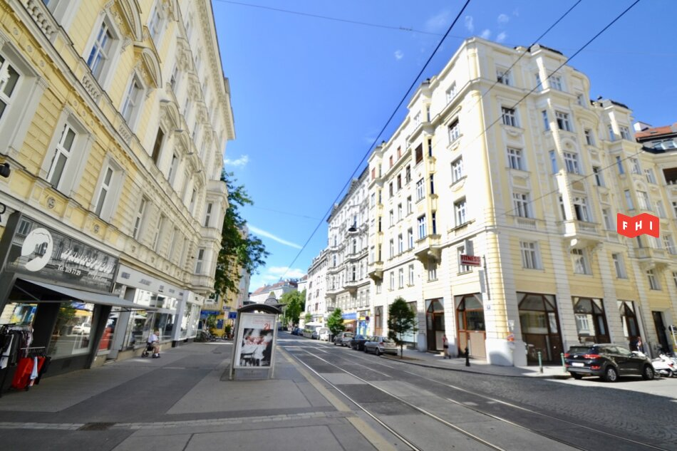 Ruhige 2 Zimmer Altbaumiete Nähe Palais Liechtenstein & Lycee Francais