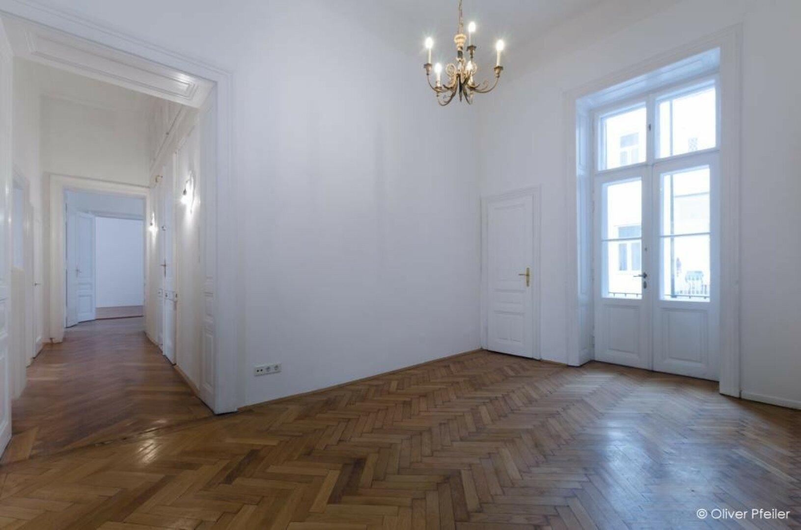 Zimmer_6- mit Eingangsbereich