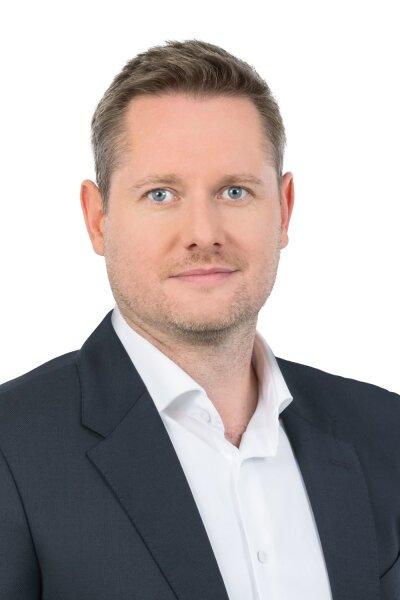 Herr Philipp Hirscher