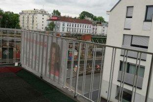 Nähe St Josefkrankenhaus - Neu adaptierte Wohnung mit Balkon und Parkmöglichkeit