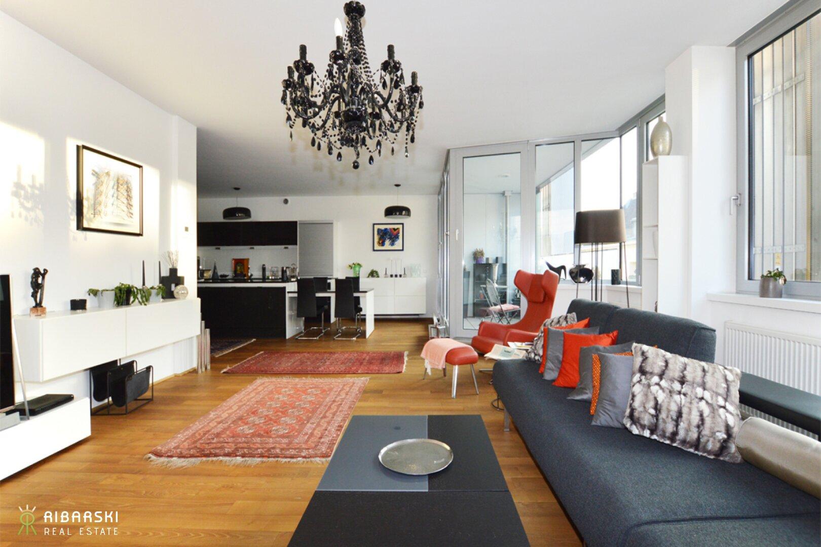 Wohnzimmer mit Einrichtungsbeispiel