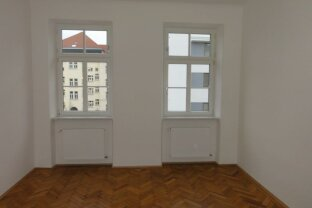 Sanierte 4-Zimmer Altbauhauptmiete Nähe Hütteldorferstraße!
