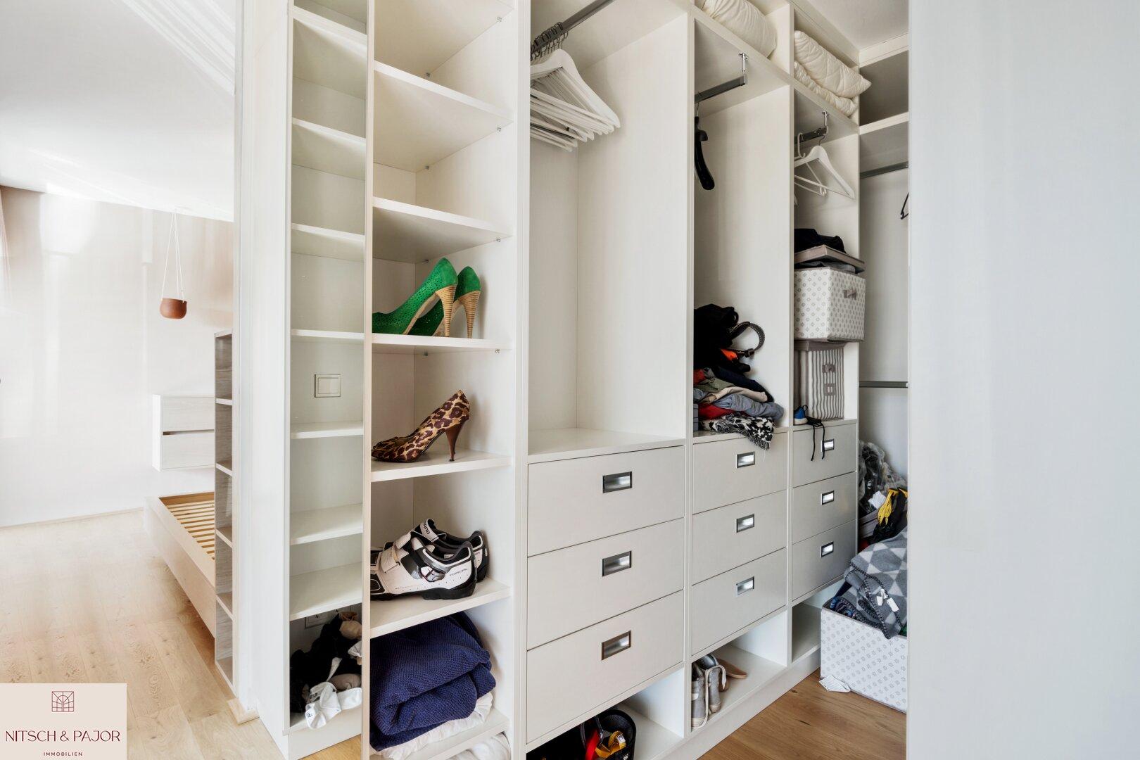 1 Stock Garderobe