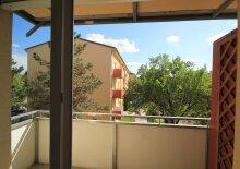 SCHULTZ IMMOBILIEN - Schöne 2-Zimmer-Wohnung mit Balkon in Schwechat!