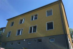VERMIETET!!! 3-Zimmer-Dachgeschoss-Wohnung mit Parkplatz in ruhiger Lage!