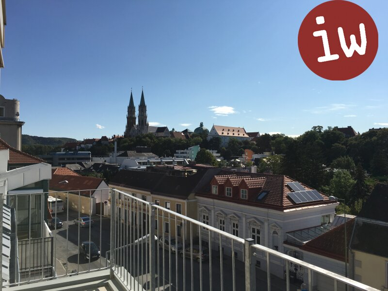 neuwertige Eigentumswohnung, Stadtplatz, sensationeller Blick! Objekt_452