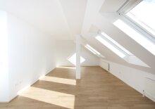 Wohnung mit Terrasse, U3