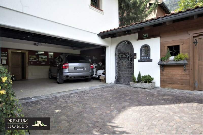 Breitenbach am Inn - Elegantes Landhaus - Garage