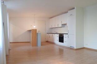 Günstige 128 m² Stadtwohnung zu mieten