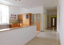 2. Liftstock - gut gelegene Familienwohnung! U2 Stadlau