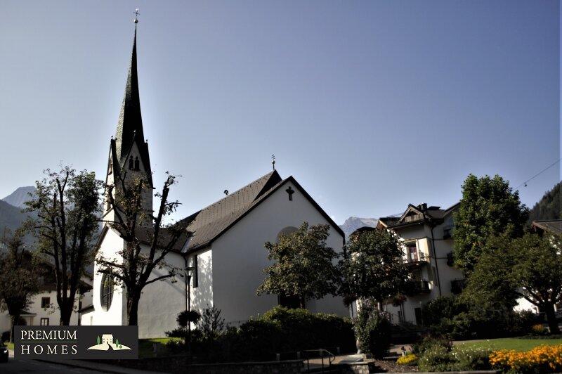 MAYRHOFEN im Zillertal - Verkaufsfläche/Geschäftsfläche in Zentrumslage-Kirche