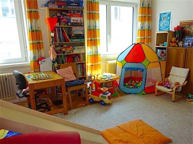 Großzügige Familienwohnung in Toplage: 5 Zimmer + Küche, Loggia, guter Zustand, ruhig + hell, Nähe Linie 37 Gatterburggasse! /  / 1190Wien / Bild 11