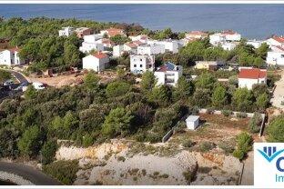 Wohnen im verträumten dalmatinischen Dorf an der Andria - idealer Baugrund in Kroatien