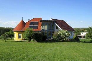 idyllisches Zuhause mit viel Platz und modernen Ambiente