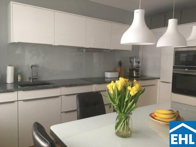 Top 3 Zimmerwohnung mit südseitiger Terrasse und hochwertiger Markenküche