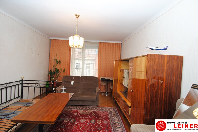 Schwechat Zentrum - sonnige Wohnung mit Terrasse! WG geeignet Objekt_8775 Bild_299