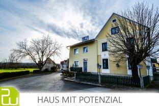 Einmalige Gelegeneinheit: Wunderschönes Haus mit viel Potenzial !