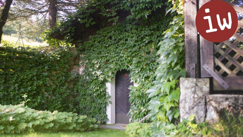 Rarität: Großzügiges Anwesen in unverbaubarer Grünruhelage mit Aussicht - nahe Sieghartskirchen