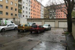 Nähe Augarten, Renditeobjekt, 23 Parkplätze + Geschäftslokal 935m²