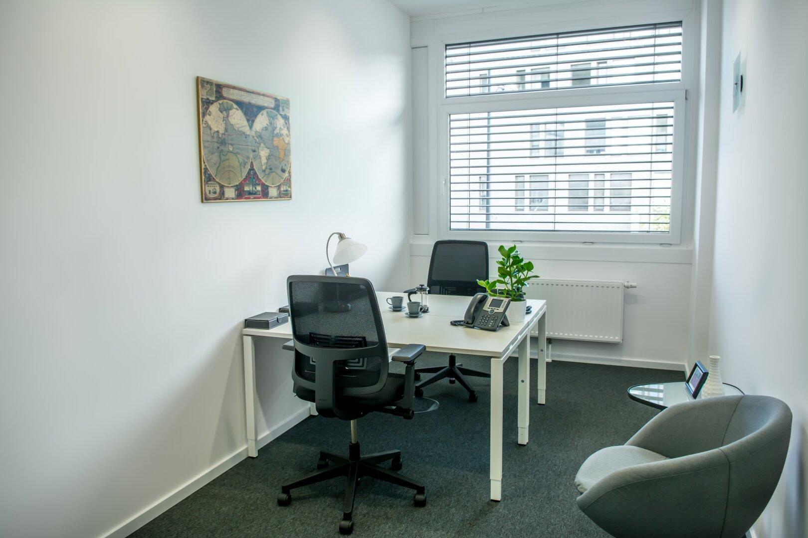 Büro f. 2 Arbeitsplätze